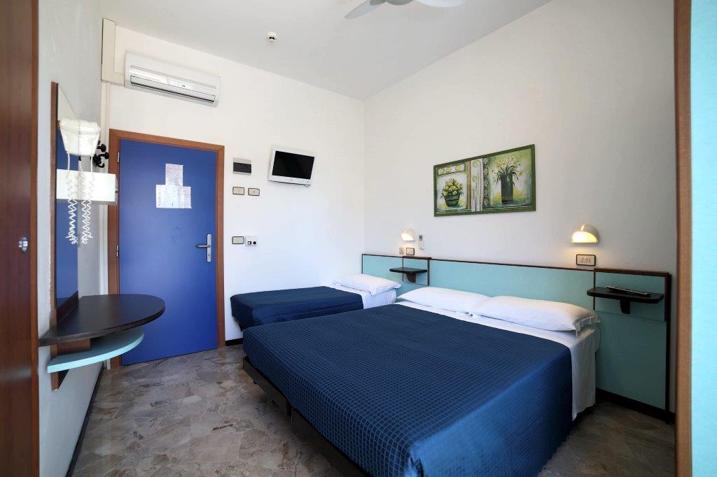 Vacances conomiques rimini la chambre basic pas ch re for Hotel moins chere